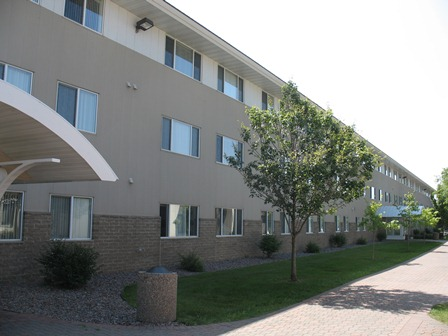 Luetmer Apartments
