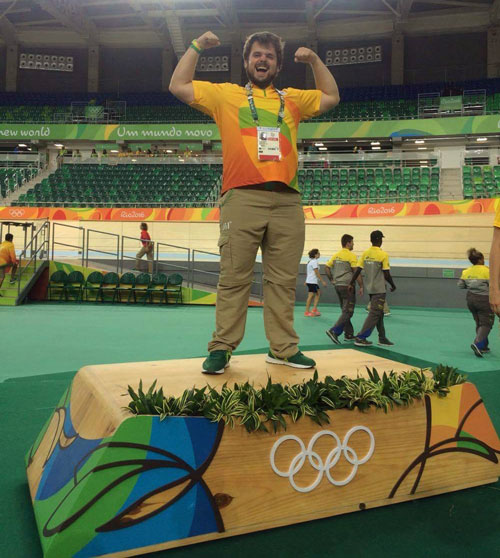Olympic hopeful fulfills his dream as a volunteer in Rio